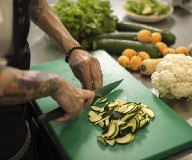 El chef que dejó su restaurante para llevar a lo más alto un comedor ...