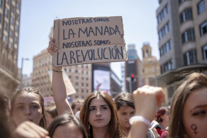Manifestación feminista por las calles del centro de Madrid