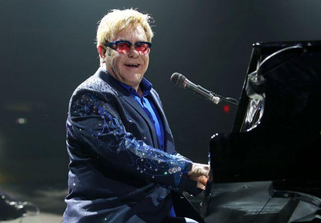 El cantante, compositor y pianista británico comenta desde Las Vegas