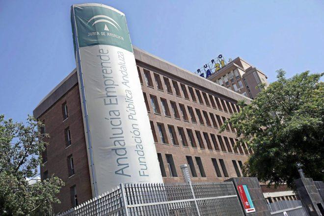La fachada de la Fundación Andalucía Emprende de la Junta.