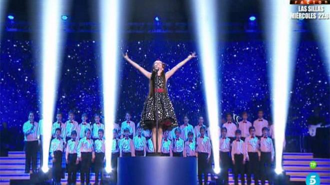 Melani, durante su impresionante actuación final en La Voz Kids.