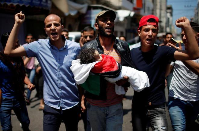 El ejército israelí mata a 55 palestinos y hiere a