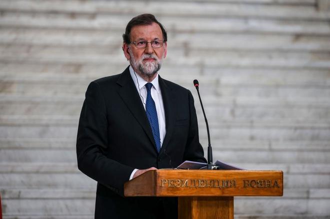 El presidente del Gobierno, Mariano Rajoy, durante una conferencia de...