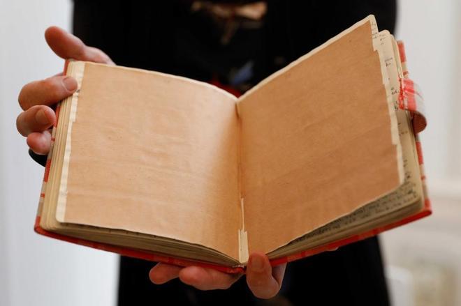 Dos nuevas páginas del diario de Ana Frank descubren chistes sexuales