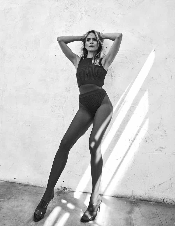 Verónica Blume, de 'top' a gurú del yoga.  Total 'look' de Versace