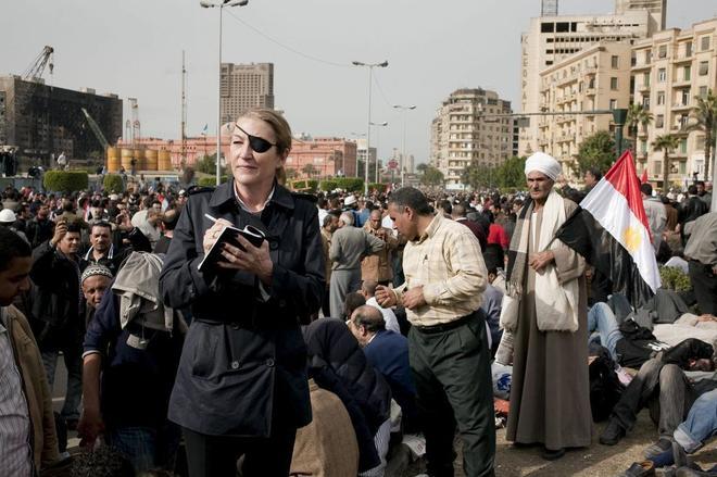 La periodista Marie Colvin, en la Plaza tahir de Egipto, en enero de...