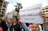 Miles de personas se manifiestan en la Plaza Alta de Algeciras...