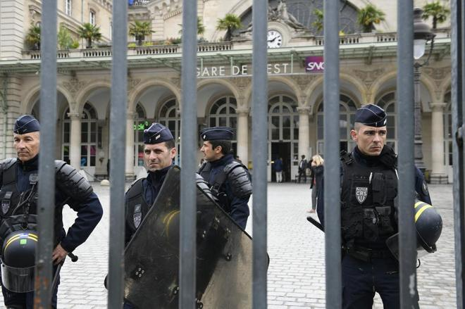 La Policía abate en París a un presunto terrorista checheno