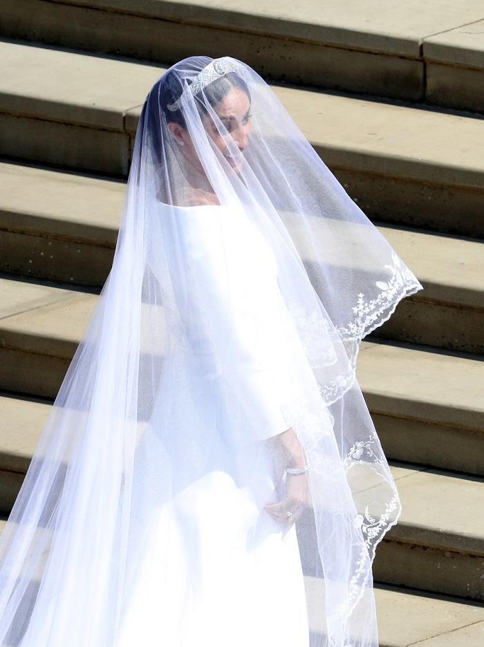 El vestido minimalista de Meghan Markle