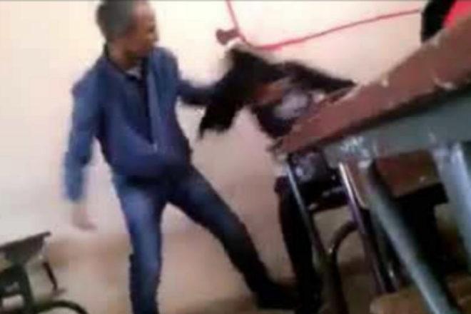 La policía marroquí arresta a un profesor que fue grabado mientras golpeaba brutalmente a una alumna