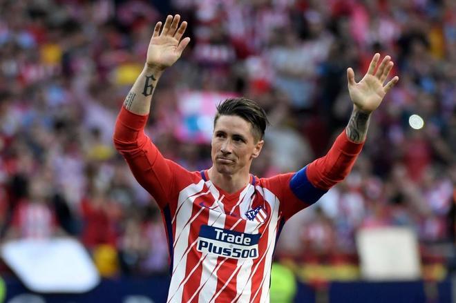 Fernando Torres se despide de los aficionados del Wanda Metropolitano.