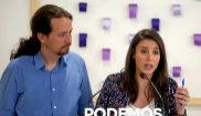 El secretario general de Podemos, Pablo Iglesias, y la portavoz en el...