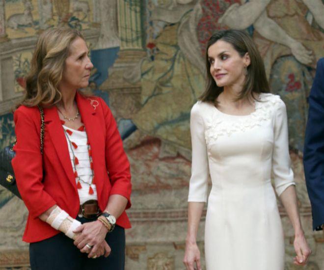 La Infanta Elena preside un segundo acto en un mes
