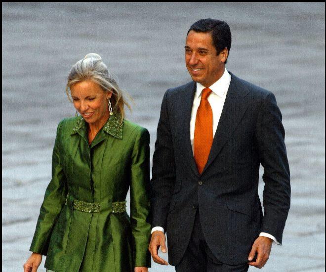 Eduardo Zaplana y Rosa Barceló en la boda de Ana Aznar