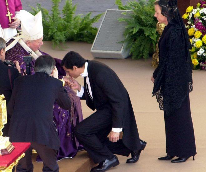 Zaplana y su mujer en el Vaticano junto a Juan Pablo II