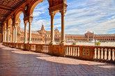 Este conjunto arquitectónico ubicado en el Parque de María Luisa se...