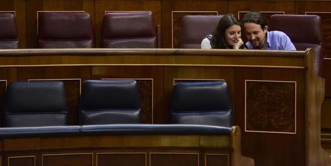 Arrecian en Podemos las críticas a la consulta sobre Iglesias: