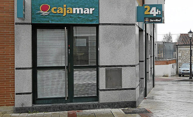 Grupo cajamar pone a la venta en castell n m s de 500 for Oficinas de cajamar