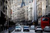 Tráfico en la Gran Vía de Madrid