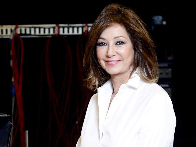 Mª Teresa Campos `imita` a Ana Rosa Quintana y saca