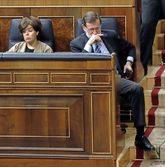 La vicepresidenta y el Presidente del Gobierno, Soraya Sáenz de...