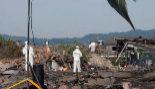 Los TEDAX trabajan en el lugar donde se produjo la explosión en Tui