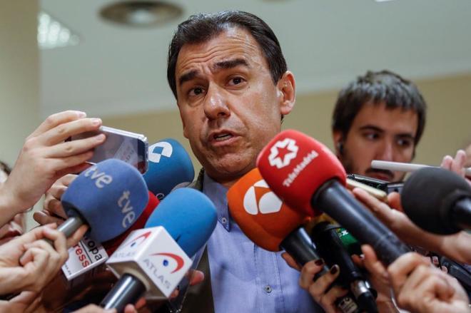 Fernando Martínez-Maíllo, coordinador general del PP, en el Congreso...