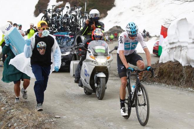 Chris Froome, durante los 80 kilómetros de escapada.