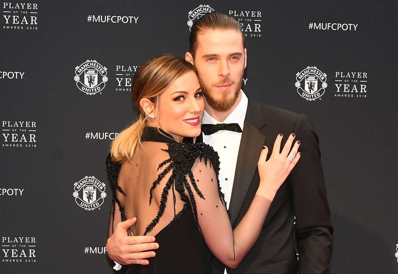 El guardameta del Manchester United, David De Gea (27), recibirá el...