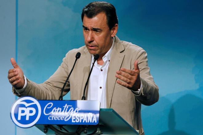 El coordinador general del PP, Fernando Martínez-Maíllo, durante la rueda de prensa que ofreció ayer en Génova.