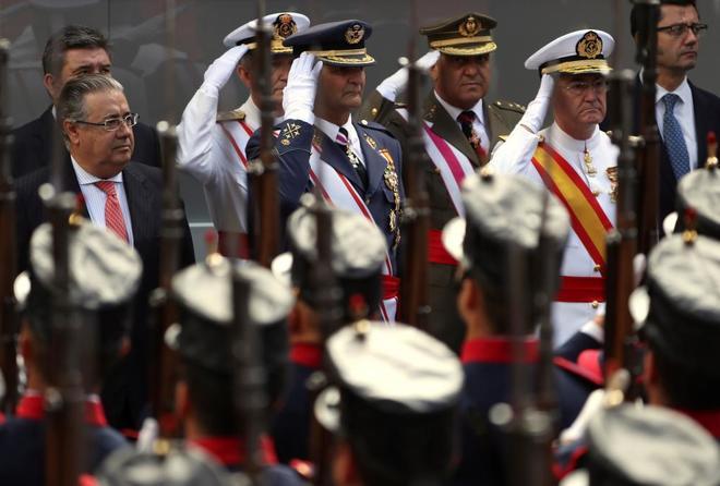 El ministro del Interior, Juan Ignacio Zoido, durante el Día de las Fuerzas Armadas