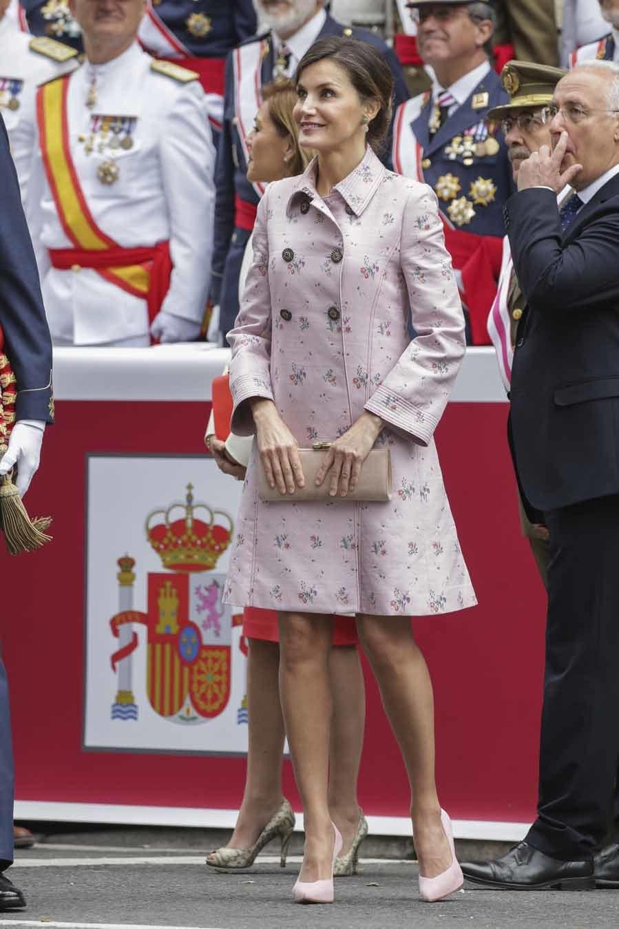 Los Reyes celebran el Día de las Fuerzas Armadas en Logroño  - Letizia repite modelo