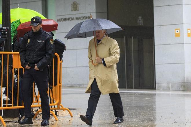 Luis Bárcenas, a su llegada a la Audiencia Nacional para la vistilla.