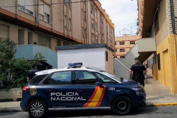 Los arrestados por la Policía Nacional tienen antecedentes penales