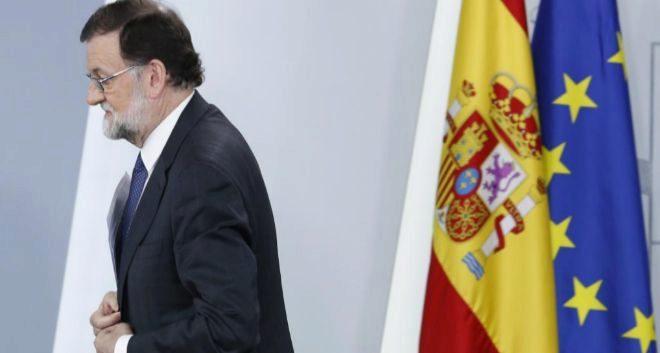 El presidente del Gobierno, Mariano Rajoy, tras el Consejo de...
