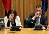 Cristina Narbona y Pedro Sánchez, durante la reunión del PSOE en el...