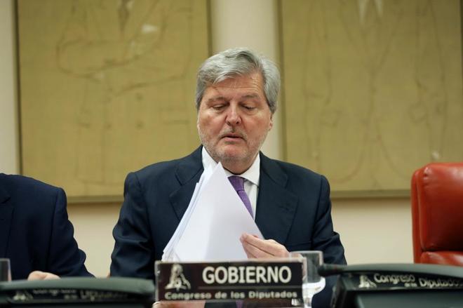 Íñigo Méndez de Vigo, durante su comparecencia en el Congreso de...