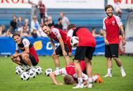Los jugadores de Dinamarca durante un entrenamiento.