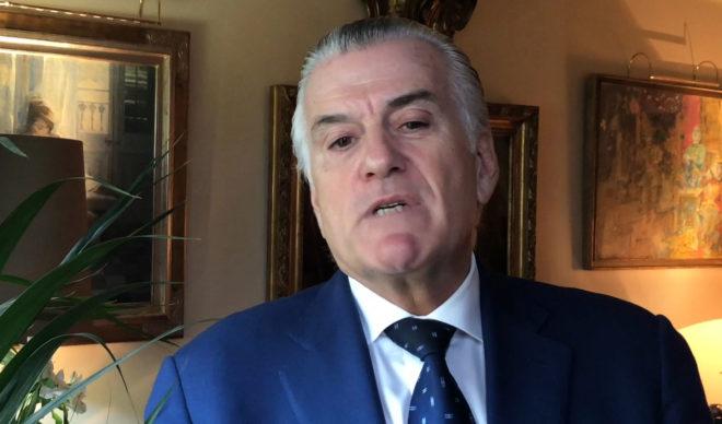 El ex tesorero del PP, Luis Bárcenas, durante su entrevista con EL MUNDO