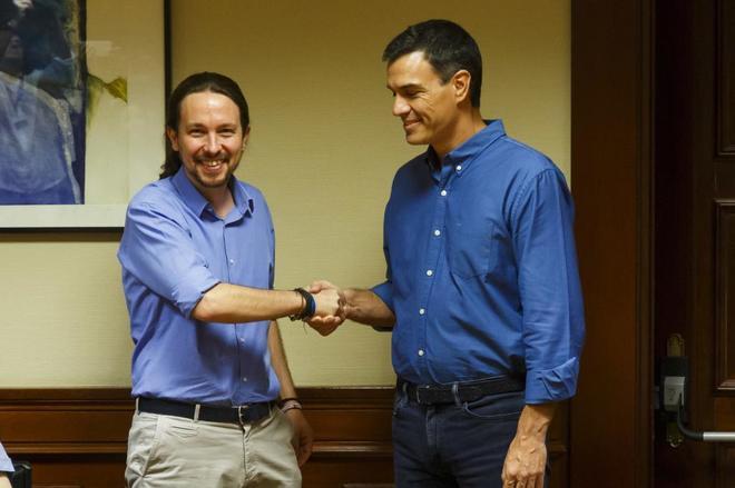 Reunion entre Pablo Iglesias y Pedro Sanchez, PSOE en el Congreso de los Diputados.