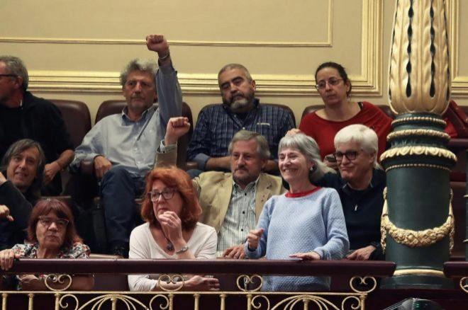 Bronca entre Podemos y el PP por 'Billy el Niño' y lágrimas de Pablo Iglesias