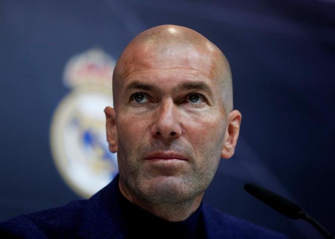 Zinedine Zidane, durante la rueda de prensa en el Santiago Bernabéu.