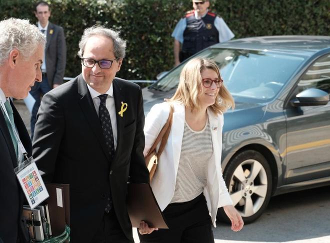 El presidente de la Generalitat, Quim Torra, y la consejera de...