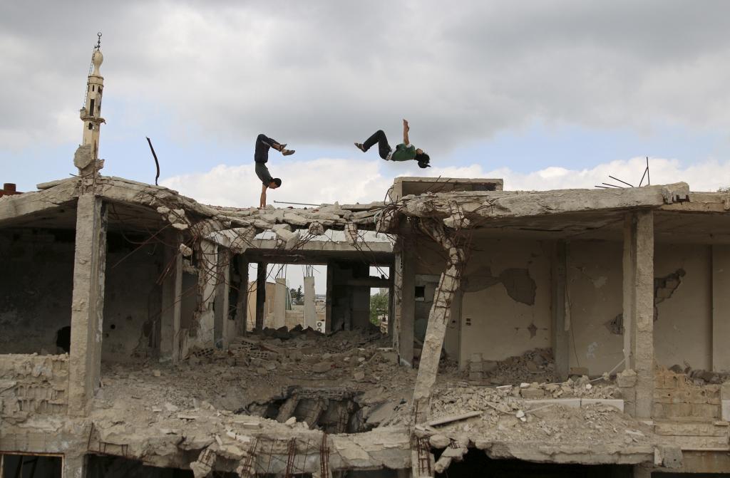 Parkour y reguetón en Alepo: la vida patas arriba de los jóvenes sirios