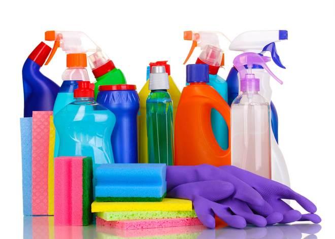 825729f6e7b9 Productos de limpieza: el peligro está bajo el fregadero | Bienestar