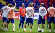 Cherchesov, el pasado lunes, durante el último entrenamiento de Rusia antes de jugar ante Turquía.
