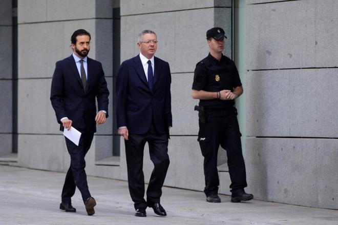 Alberto Ruiz-Gallardón , a su llegada a la Audiencia Nacional.