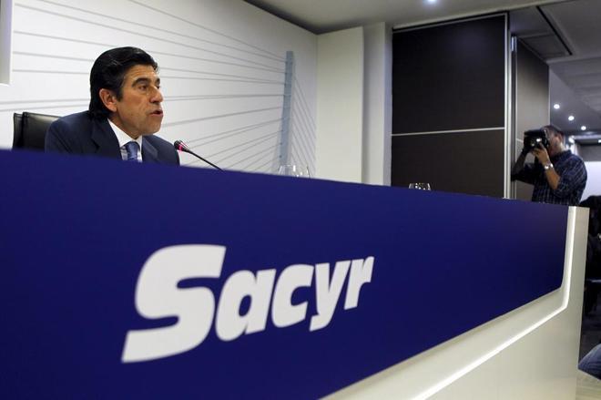 El presidente de Sacyr, Manuel Manrique, en un rueda de prensa.