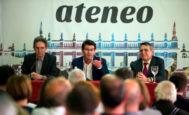 El presidente de la Diputación, Jorge Rodríguez (en el centro), durante el ciclo de 'Valencianos Relevantes' celebrado en el Ateneo Mercantil de Valencia.