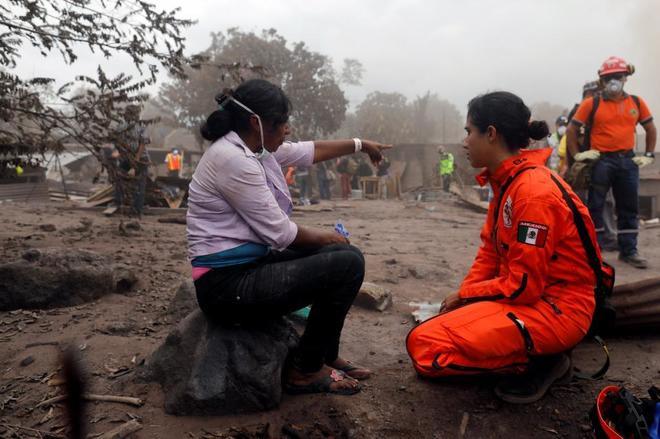 Eufemia García, de 48 años, ha perdido a 50 miembros de su familia por el volcán.